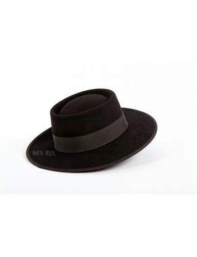 Tradicional black hat from Minho