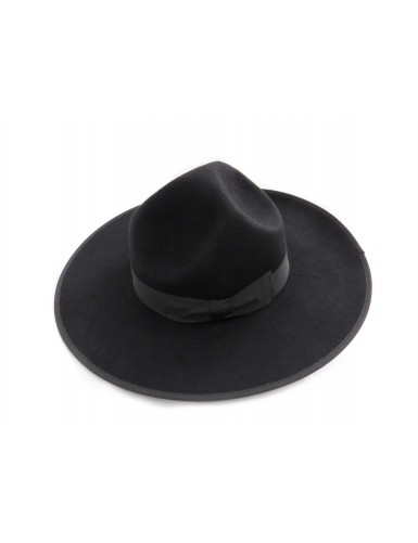 "Hat ""three dents"" with wide brim"