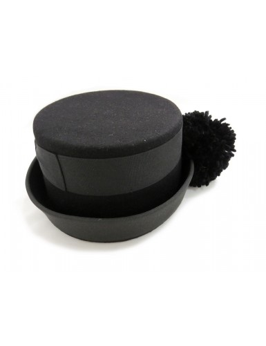 Traditional women's hat with wool pompom