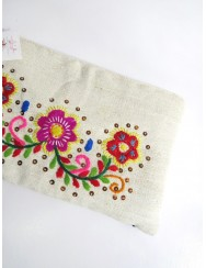 Linen case embroidered by hand in wool