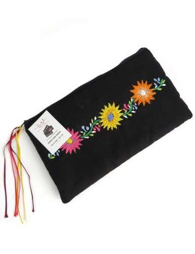 Hand-embroidered case with 3 flowers
