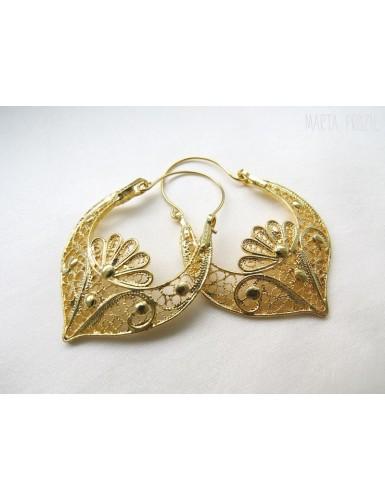 """Earrings in """"arrecada"""" shape"""