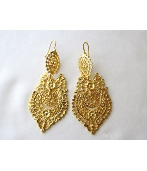 Brincos à Rainha - Queen like earrings