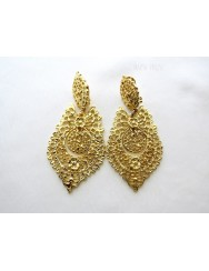 Queen like earrings - spring fastening