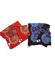 Woolen purple kerchief of Viana
