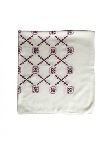 Scarf with red crosses pattern