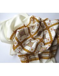 Scarf printed in yellow and red with  grid pattern