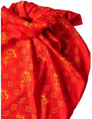 Red head scarf with lilies pattern