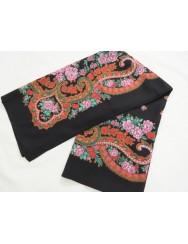 Black with lilac kerchief of Viana