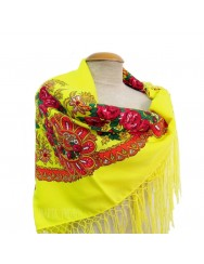 Traditional kerchief with handmade fringes