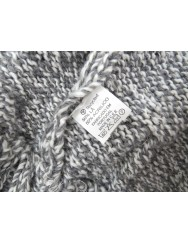 Light grey knitted cardigan with zipper