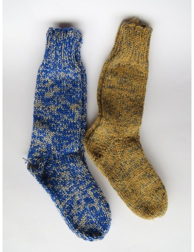2 pairs of thick woollen socks - blue and toasted yellow