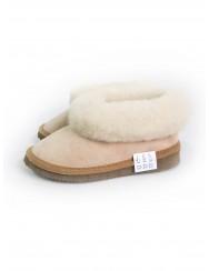 Children's slippers in sheepskin leather