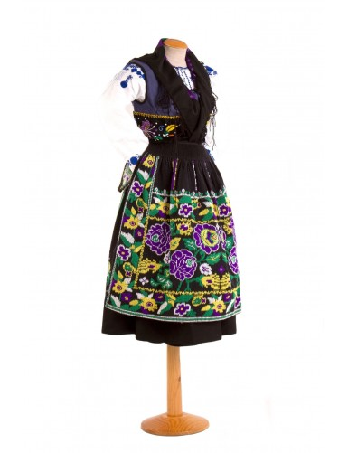 Blue or sorrow costume of lavradeira with 6 roses apron