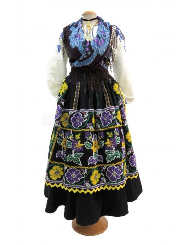 Blue or sorrow costume of lavradeira with a white embroidered skirt