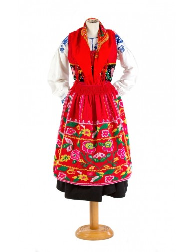 "Red lavradeira costume ""roses"""