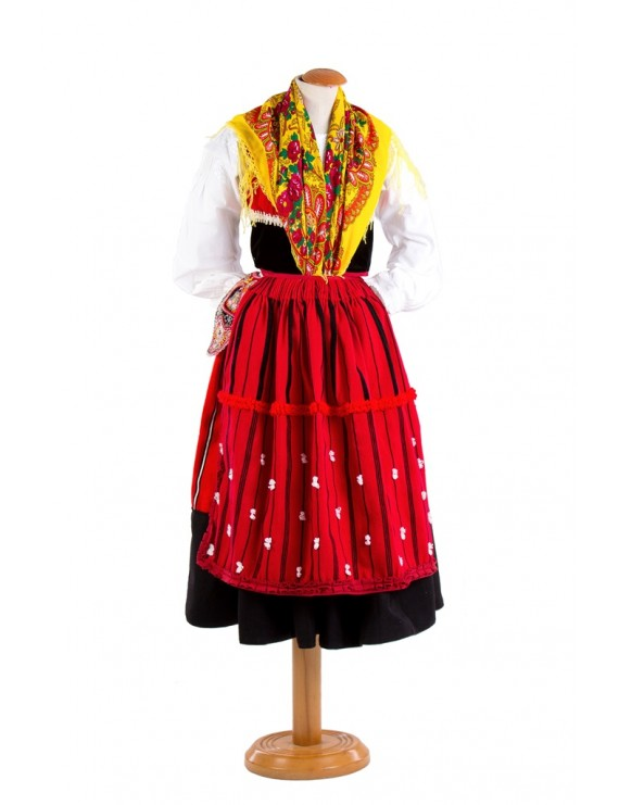 Red lavradeira costume from Afife