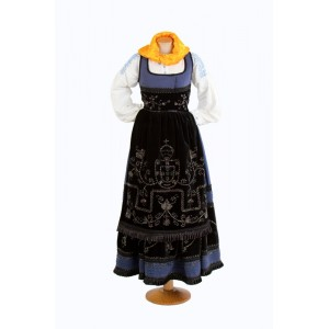 Blue costume of mordoma from Meadela