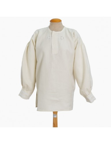 Linen blouse embroidered in white