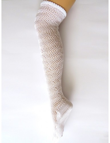 Knitted lace socks with zigzag pattern