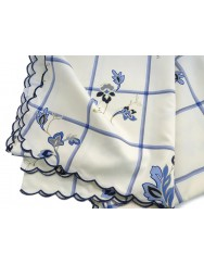 Printed tablecloth with blue flowers - 4 M